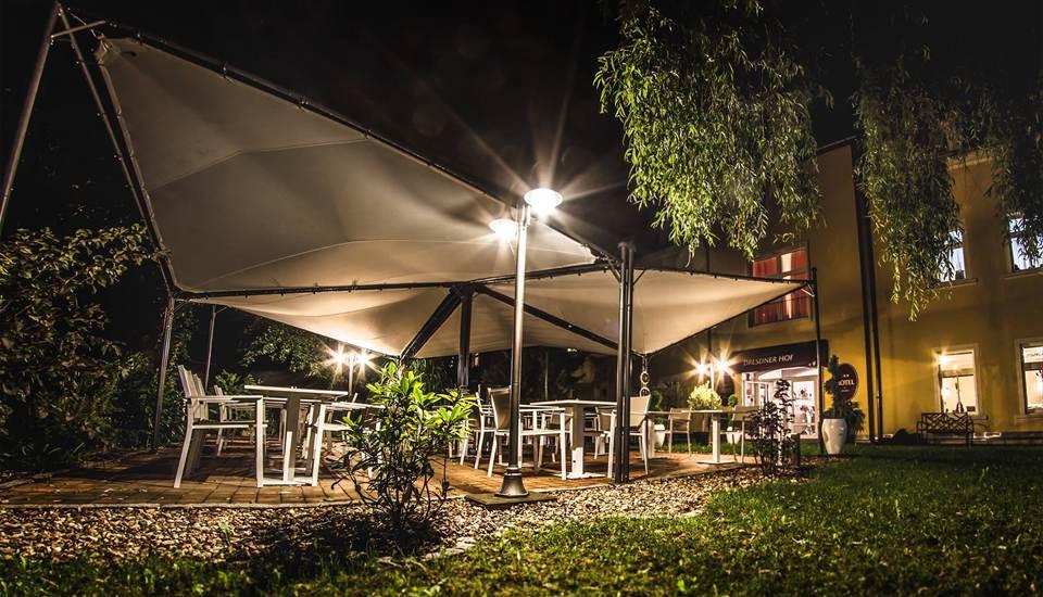 Restaurant unter freiem Himmel