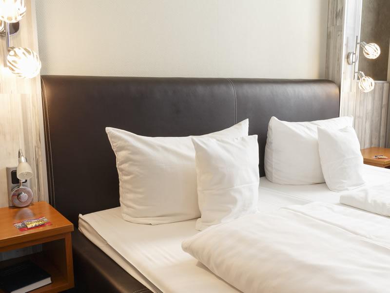 Hotel room Hotel Dresdner Hof