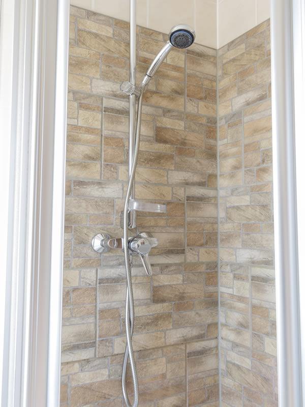 Guesthouse Dresdner Hof Zittau Room Shower